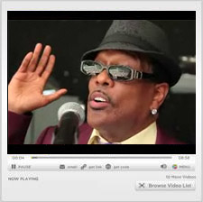 Charlie Wilson Performs for 2010 Summit